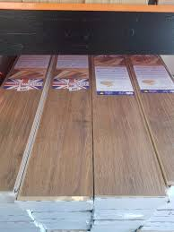Is 7mm Laminate Flooring Good 52x Packs 7mm Aberdeen Oak Laminate Flooring 1 Pallet Very