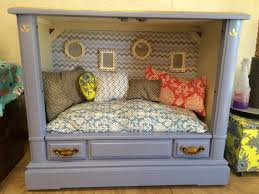 Dog Bed Nightstand Best 25 Tv Dog Beds Ideas On Pinterest Cheap Dog Crates Stat