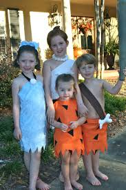 Mother Daughter Costumes Halloween 47 Fun Freaky Fantastic Family Halloween Costumes Huffpost