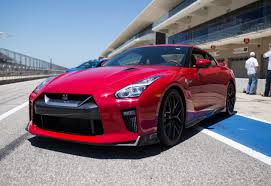 nissan supercar 2017 it u0027s fast and now the 2017 nissan gt r is luxurious too