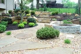 Elevated Front Yard Landscaping - small garden ideas split level the garden inspirations