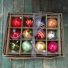 ornaments box of 12 vintage glass balls pre 1950s