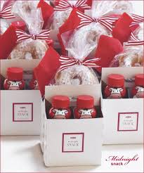 wedding guest gifts creative gracious gifts for guests hostess with the mostess