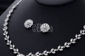 white crystal necklace set images Noble zircon crystal pendant flower shaped jewelry set white jpg