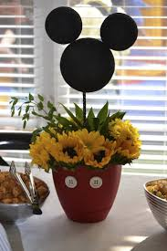 Centerpieces Birthday Tables Ideas by Best 25 Mickey Mouse Centerpiece Ideas On Pinterest Mickey