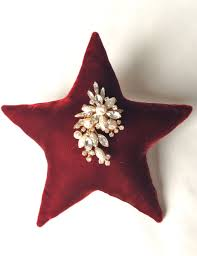 diy large velvet star ornament with vintage brooch from