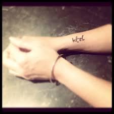 40 beautiful side wrist tattoos