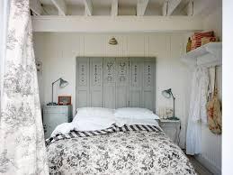 vintage style bedrooms 10 charming vintage bedroom decorating ideas