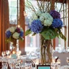 curly willow centerpieces blue hydrangea and curly willows weddinggawker