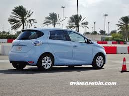 renault zoe electric first drive 2015 renault zoe and twizy electric cars in the uae