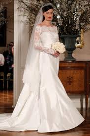 wedding dress with 3 commonly used fabrics of wedding dresses with sleeves my