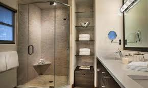 regale für badezimmer badezimmer regale aus glas badezimmermöbel mit schick auswählen