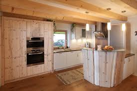 küche landhaus landhausküchen bei gfrerer küchen in goldegg salzburg