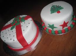 cakes and other delights santa claus is coming to town