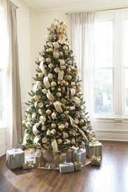 20 eye catching christmas trees decorations to inspire you