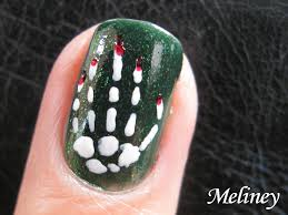 halloween nail art design skeleton bones bloody hand spooky nail