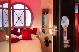 bold beautiful red rooms designdigs photo credit hotel kiya idolza
