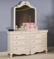 vintage boutique dresser and mirror combo by lea industries