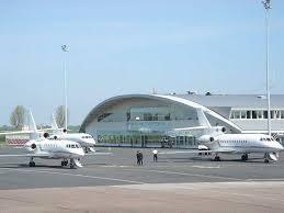 chambre de commerce caen aéroport de caen gestion par la cci et nouvelle ligne vers