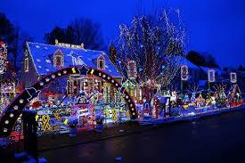 christmas lights richmond va 7 u s neighborhoods with amazing christmas lights displays baby gizmo