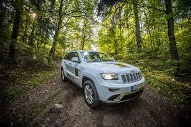 green jeep grand cherokee amerikiečio ir italės vaikas u201ejeep grand cherokee u201c gazas lt