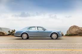 bentley mulsanne vs rolls royce phantom bentley launches a revised mulsanne as rolls royce announces end