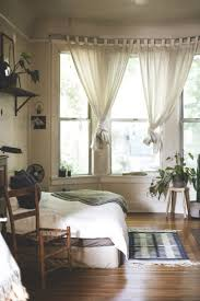 Bedroom Curtain Designs Pictures Best 25 Bay Window Bedroom Ideas On Pinterest Bay Window