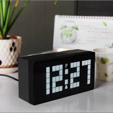 cool desk clocks rooms