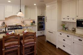 OilrubbedbronzecabinethardwareKitchenRusticwithbreakfast - Bronze kitchen cabinet hardware