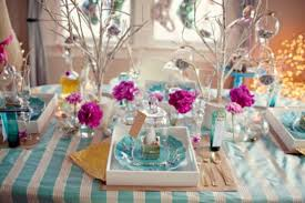 table decorations 45 amazing christmas table decorations digsdigs