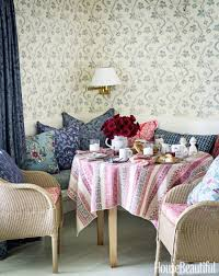Family Room Design Ideas Decorating Tips For Family Rooms - Wallpaper for family room
