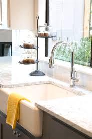 best 25 farmhouse sink kitchen ideas only on farm