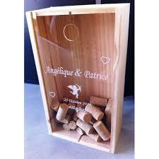 livre sur le mariage livre d or mariage original bouchons corkbox coeurs ange chaque