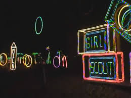 scout light show 8 best christmas light displays in new york 2016