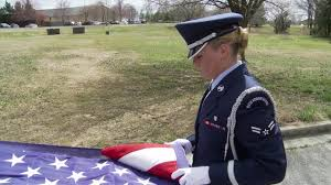Military Funeral Flag Presentation Honor Guard Team Demonstrate Proper Flag Folding Techniques Youtube