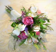 wedding flowers ireland wedding experts give great planning tips