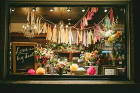 best 25 florist window display ideas on pinterest flower shop