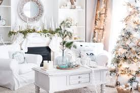 how to decorate your home for christmas beautiful homes decorated for christmas christmas interior