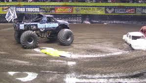 monster truck show spokane file bluethunder jpg wikimedia commons