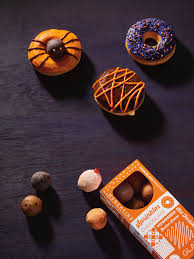Pumpkin Spice Dunkin Donuts 2017 by Is It Just Us Or Does Dunkin U0027 Donuts Have The Cutest Halloween Treats