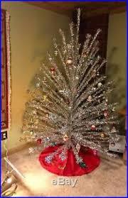 vintage aluminum christmas tree 7 vintage atomic silver aluminum christmas tree with color wheel 100