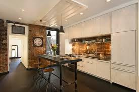 briques cuisine cuisine en brique cuisine style industriel u meubles luminaires