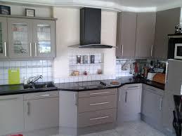 poignee meuble de cuisine poign e meuble cuisine poignee de porte pour meuble de cuisine avec