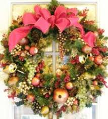 artificial christmas wreaths blooming floral design creates personalized christmas wreaths in