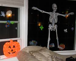 we want pictures of your halloweened out home chicago real