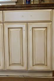 How To Glaze White Kitchen Cabinets The Ragged Wren How To Glazing Cabinets
