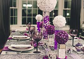 themed table decorations colorful christmas table decor ideas 25 bright table