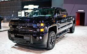 chevy colorado midnight edition 2016 chevy trucks go dark with midnight editions autoguide com news