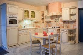 cuisines provencales cuisines provencales idee modele cuisine meubles rangement