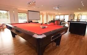 Amir Khan Backyard Sports Amir Khan Takes His 1 2million Mansion Off The Market Daily